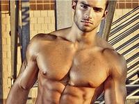 7 kiểu đàn ông hấp dẫn nhưng nên tránh xa