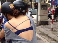 Lại xuất hiện cô gái 'không quần trên đường phố Hà Nội
