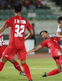 """""""Việt Nam chơi tốt, rất chắc chắn nhưng nỗi lo ngại ngày nào đang trở lại"""""""