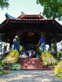 Cận cảnh nơi yên nghỉ của cố Thủ tướng Phan Văn Khải bên cạnh mộ phần người vợ