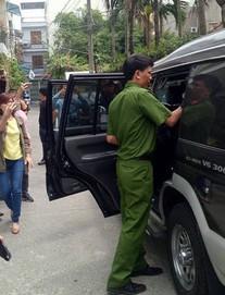Công an khám xét nhà cựu Chủ tịch Đà Nẵng Trần Văn Minh trong 5 giờ