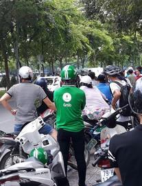 Nhân chứng kể phút thầy giáo sát hại người yêu trên đường ở Sài Gòn