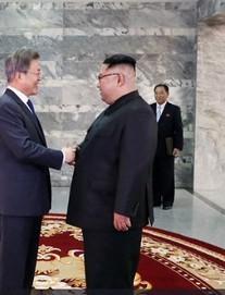 TT Moon Jae-in: Ông Kim Jong-un đã chủ động đề nghị tổ chức gặp gỡ lần 2 tại Bàn Môn Điếm