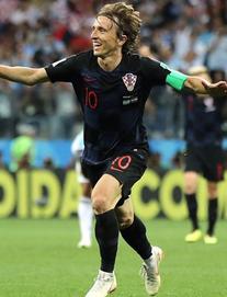 Tường thuật Argentina 0-2 Croatia: Siêu phẩm của Modrić