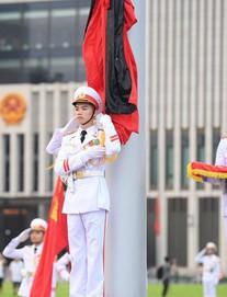 [TRỰC TIẾP] Treo cờ rủ Quốc tang Chủ tịch nước Trần Đại Quang