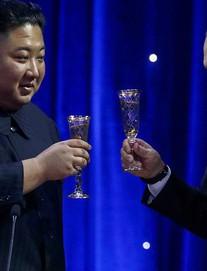 Kết thúc họp, ông Putin khẳng định Nga sẵn sàng hỗ trợ giải quyết khủng hoảng trên bán đảo liên Triều