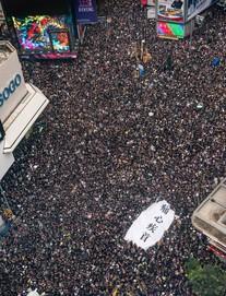 Người dân kết thúc biểu tình, trở về nhà, TT Trump có thể gặp ông Tập bàn về Hong Kong