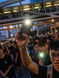 Trưởng đặc khu Hong Kong lên tiếng xin lỗi, TT Trump có thể gặp ông Tập bàn về Hong Kong