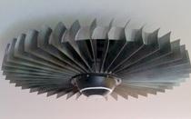 Đây là chiếc quạt trần giá 3000 USD, sử dụng động cơ phản lực