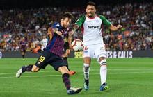 """Messi lập cú đúp giúp Barca đại thắng trong ngày Ronaldo """"tịt ngòi"""""""