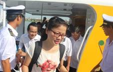 Hàng trăm người dân háo hức đi tuyến buýt đường thủy đầu tiên ở TP HCM
