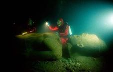 Tìm thấy thành phố cổ huyền thoại ngàn năm dưới đáy biển Ai Cập