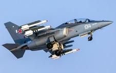 Việt Nam đã chọn Yak-130 làm máy bay huấn luyện thế hệ mới?