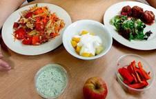 Đâu là lý do cho việc ăn ba bữa một ngày?