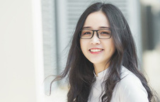 Không thể rời mắt trước bộ hình áo dài quá xinh của nữ sinh Đắk Lắk sinh năm 2000