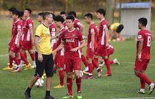 Trợ lý HLV Park Hang Seo chúc Tết người hâm mộ bằng tiếng Việt