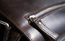 Bí mật giấu kín suốt 9 năm trong ví của một ông bố khiến hơn 30.000 người xúc động
