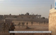 NÓNG: QĐ Syria tháo chạy ở bắc Hama, khủng bố bắt sống 1 xe tăng T-72 và 2 xe chiến đấu