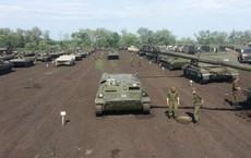 """Tướng lĩnh Nga vớ bẫm: """"Bán tống bán tháo"""" vũ khí của cả một trung đoàn"""