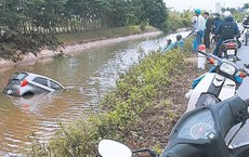 Pha nhấn ga bất cẩn của tài xế và cái kết ê chề dưới sông