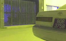 Xe Toyota lắp biển 80B giả, bật còi ưu tiên gây náo loạn đường để đến công ty bất động sản