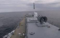 """Tàu chiến Nga """"diệt"""" tàu ngầm địch ngoài khơi Syria: Luyện tập phòng tình huống bất trắc"""