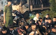 Cảnh sát vây bắt nhóm thanh niên đua xe và cổ vũ trên quốc lộ 1