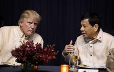 """Đòi được quà, TT Duterte """"lật mặt"""" chuyện thăm Mỹ: Đường xa mà bản thân lại không có tiền"""