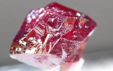 10 khoáng sản đẹp nhưng nguy hiểm nhất Trái Đất: Chạm vào là có thể gặp Thần Chết