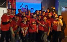 Người Việt Nam trên khắp năm châu mở hội, vỡ òa với khoảnh khắc đội tuyển vô địch