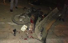 Hiện trường vụ xe Lexus đâm liên hoàn 8 xe máy, 1 xe CSGT khiến nhiều người bị thương ở Hà Nội