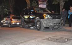 Hiện trường vụ xe sang Lexus đâm hàng chục phương tiện trên phố Hà Nội