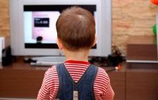 Nếu thấy trẻ xuất hiện 4 biểu hiện này, bố mẹ cần chấn chỉnh cả bản thân lẫn con cái ngay