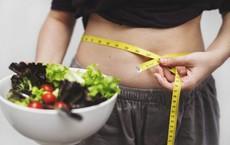 Sốt xình xịch vì cách ăn kiêng giảm cả chục cân 1 tháng: Chuyên gia nói gì?