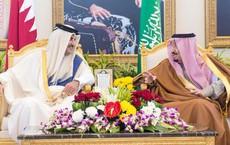 Qatar rút khỏi OPEC: Vừa kịp bảo vệ bản thân, vừa tung đòn hạ gục người hàng xóm giàu có