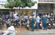 Vụ dùng súng cướp 1,5 tỷ đồng ngân hàng ở Sài Gòn: Nghi can đốt xe máy gây án