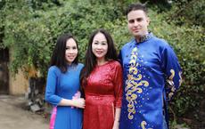 Trương Phương: Bạn trai Tây thắc mắc về việc người Việt tắm lá mùi dịp Tết