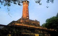Hỏi khó: Ai cho xây cột cờ Hà Nội?