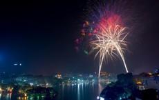 Giá đặt chỗ xem pháo hoa đêm Giao thừa ở Hồ Gươm tăng cao kỷ lục