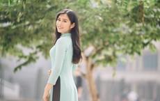 Bị chê 'mặt xinh não ngắn', cô gái nổi tiếng sau 3s xuất hiện trong Táo quân 2018 khoe thành tích khủng