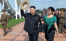 """Đệ nhất phu nhân trâm anh thế phiệt của Triều Tiên từng là thành viên """"binh đoàn sắc đẹp""""?"""