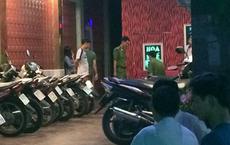 Đi hát karaoke ngày Tết nhưng hết phòng, khách dùng dao truy sát chủ quán