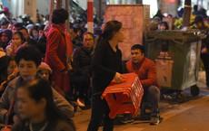 Kiếm tiền triệu nhờ cho thuê ghế ngồi dâng sao giải hạn ở chùa Phúc Khánh