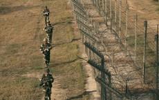 """Ấn Độ - Pakistan """"đấu"""" pháo: Thỏa thuận 15 năm bị đe dọa, hàng trăm người sơ tán"""