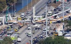Video, ảnh: Sập cầu đi bộ nặng gần 1.000 tấn, hàng loạt người thương vong