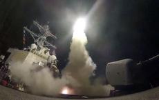 """Tàu chiến Mỹ đã sẵn sàng nhả đạn: Syria bên bờ hủy diệt bởi """"sứ giả chiến tranh"""" Tomahawk?"""