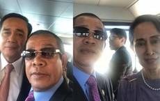 """Chùm ảnh: Tinh thần selfie """"cao độ"""" của Thủ tướng Campuchia cùng các nguyên thủ ASEAN"""