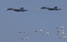 """Lỗ hổng choáng váng của KQ Nga ở Syria: Vũ khí có điều khiển đã """"kiệt sức""""?"""