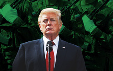 """Ông Trump suy tính phương án quân sự, Lầu Năm Góc lo """"đạn lạc"""" trúng quân Nga"""