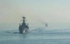 Tàu sân bay Mỹ đến gần Trung Đông, 2 tàu chiến và 2 tàu ngầm Nga lập tức sang Syria